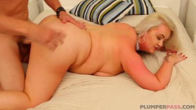 Kendra Kox (Freshly Bathed BBW Babe