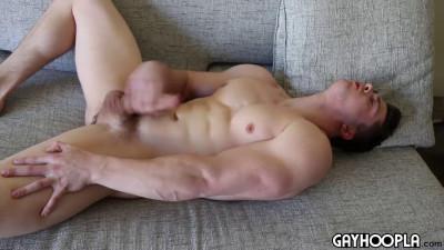 GayHoopla - Wrestler Turned Bodybuilder, Collin, Jerks His Big Cock