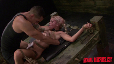 Description StrapOnSquad Marsha May and Kylie Rogue Strapon, Dildo, Sybian