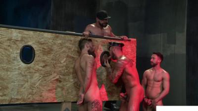 Description Beards, Bulges & Ballsacks!, Scene #4