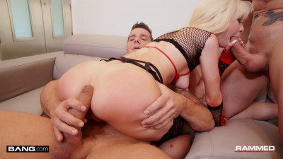 Kenzie Reeves Gets A Valentine's Day Treat