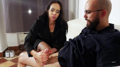 Angelina Elise – Super-sexy milf handjob persuading
