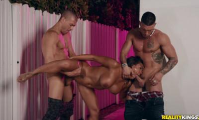 Busty Latina Luna Star Banged By 2 Big Cocks
