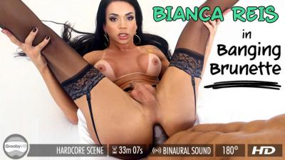 Description Bianca Reis - Banging Brunette