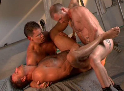 Muscle Cops In Amazing Raw Fuck