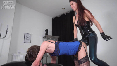 Mistress Susi - The Sissy Fucked From Behind While Sucking Cock