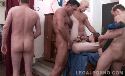 Petite Anna De Ville Gangbanged By 4 Huge Cocks With Double Anal