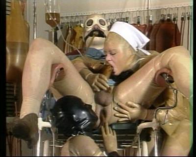 Bizarr Vol. 2 - Gummiklinik Frau Dr. Monteil - Scene 2