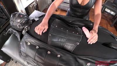Troy Orleans - Inflatable Leather