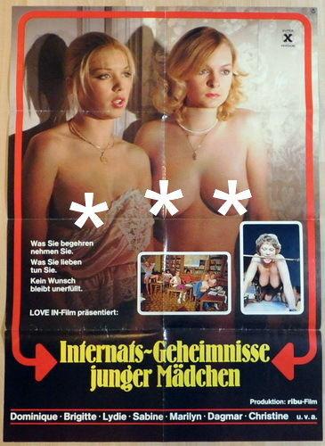Description Pensionnat De Jeunes Filles 1980(Blue One)