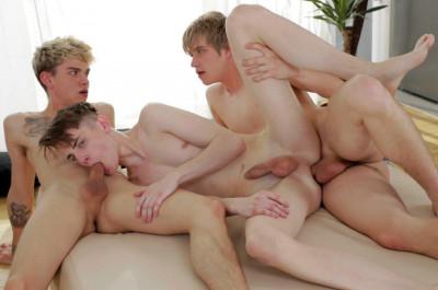 Hot 3some Martin Osment, Patrik Donovan & Titus Snow (720p)