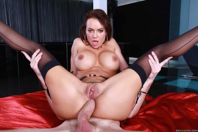 Latina Girl In Sexual Underwear