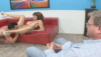 Mature lady Desi Foxx revenges for cheating