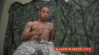 Description Naked Marines - Private Jackson Lee