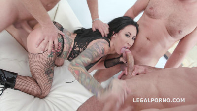 Lily Lane gets 5on1 Balls Deep Anal