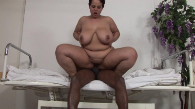BBW bitch in hard interracial bang