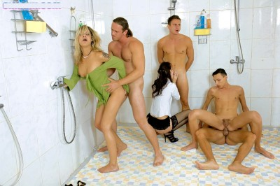 Bi Party In The Shower (2011)