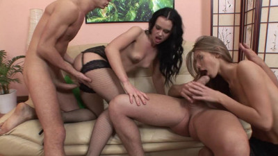 Teasing Babe Gets Her Ass Abused In Hardcore Group Sex