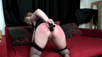 Big tit milf natali anal pounding with dildo