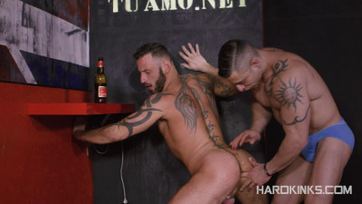 Hard Kinks Brute make Antonio Miracle & Julio Rey