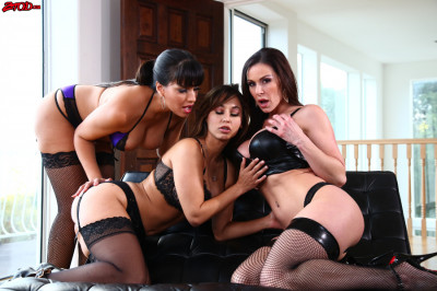 Kendra Lust In Had The Perfect Girls Night Out!