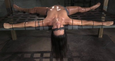Fit Milf Wenona Strictly Restrained And Brutal Deepthroat