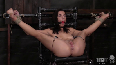 Dungeon Corp – Jade Amber – She Refuses to Submit
