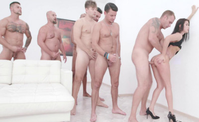 7on1 Creampie Gangbang With Dap & Gape