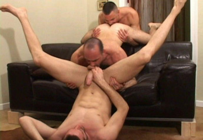 Anal Casting With European Men