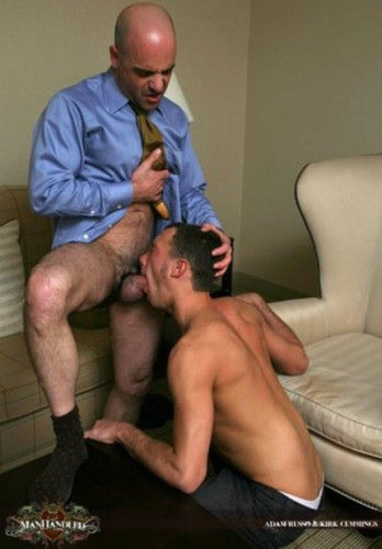 Description ManHandled - Seducing oldster Adam - Adam Russo and Kirk Cummings