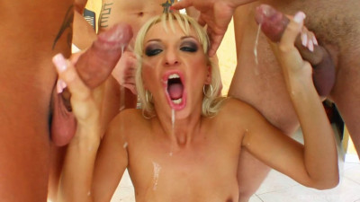 Blow Gang Bang For Hot Babe Demi Blue