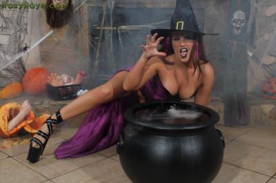 Description Halloween Whorer Nights