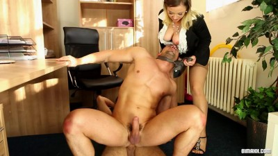 Double The Lovers, Double The Work! - download, bus, threesome