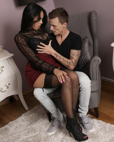 Katrina Moreno - Lad cums on kinky Milf's big tits FullHD 1080p