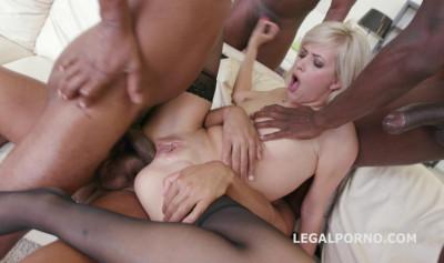 Blond Slut Ria Sunn Loves Brutal Interracial Gangbang With DP