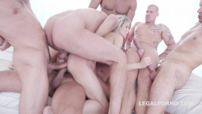 Rough anal gangbang 6on1 with triple penetration