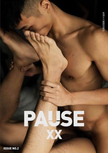 Pause XX No.02