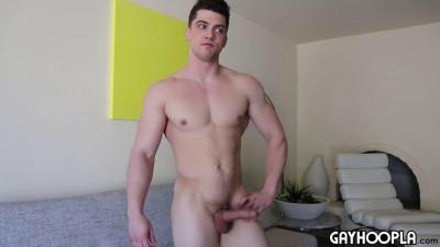 GayHoopla - Wrestler Turned Bodybuilder, Collin Simpson, Jerks His Big Cock