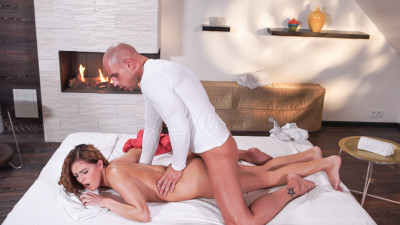Description Samantha Joons - Erotic massage and gentle fucking for sexy Czech babe (2017)