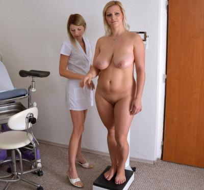Description Kristen Klark (30 years girl gyno exam)
