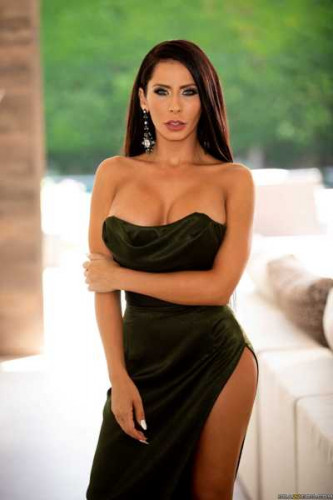 Madison Ivy – More Than Just A Pretty Face FullHD 1080p