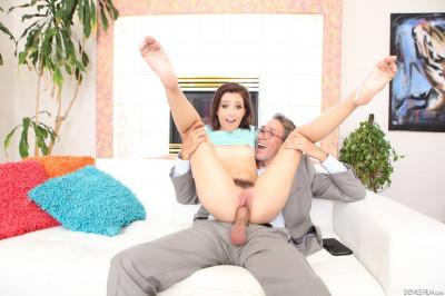 Brooke Haze - Horny Old Men HD