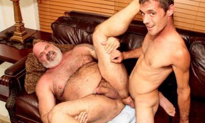 Older4M - Brett Bradley & Tony Da Rimma - Tony DaRimma gets Fucked