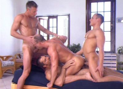 Sexy Men In Raw Gangbang Collection
