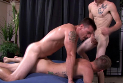 Scott Finn, Ryan Jordan & Princeton Price In Threesome Fucking
