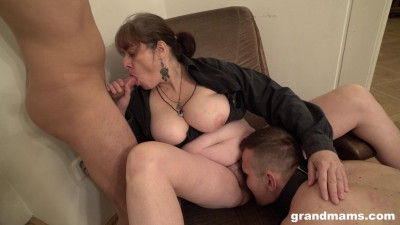 Older Experienced Women Fuck Young Guys