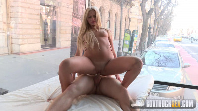 Description Katie Montana - Box Truck Sex (2016)