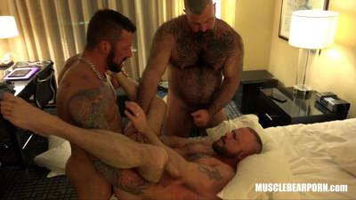 Muscle Bear Porn - 's Fuck Pig with Hugh Hunter - part3