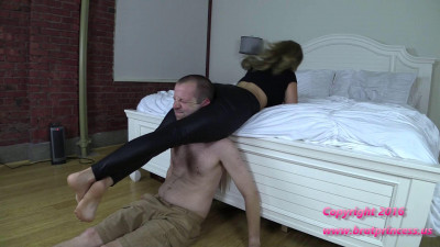 Gwen – Wrestles Slave on Bed