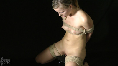 Servitude Peculiar talent - Luciana - Spectacle 3 - HD 720p